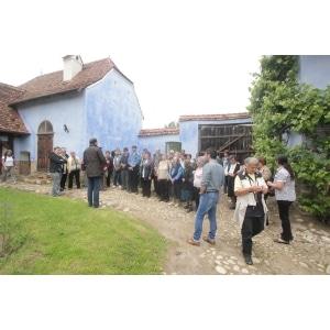 Sătenii, sfătuiți cum să își transforme șurile în case tradiționale, prin proiectul Veni, Vidi, Viscri