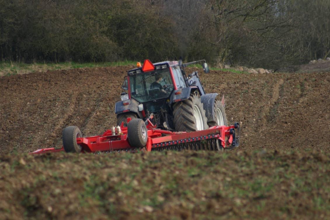 Ministrul Agriculturii a anunţat că Ministerul Finanţelor a majorat fondurile pentru motorină