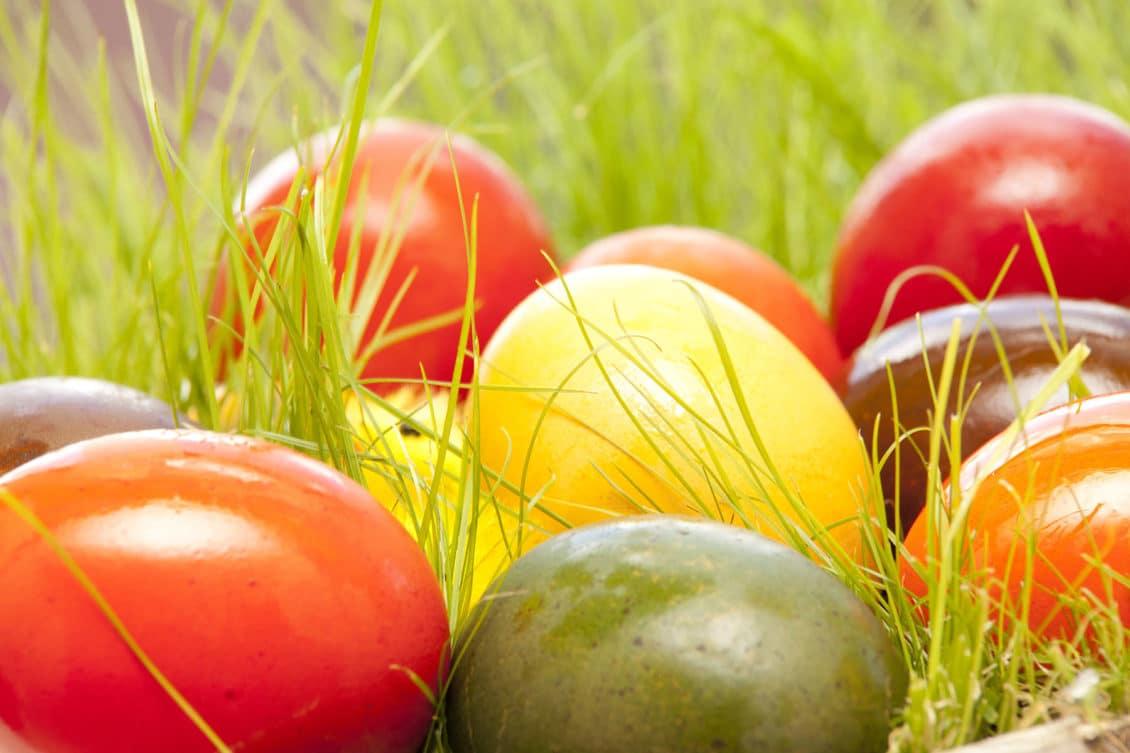 Tradiţii de Paşte: de ce nu e bine să mănânci ouă cu sare în această zi sau să dormi