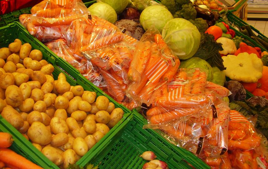Studiu:Originea românească a produselor, printre cele mai importante criterii de alegere a unui supermarket sau hipermarket