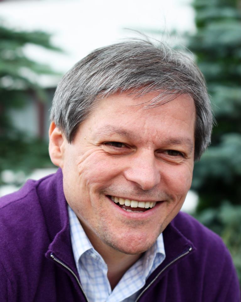 Cioloş spune că fondurile europene şi colaborarea dintre autorităţi pot salva satele de sărăcie