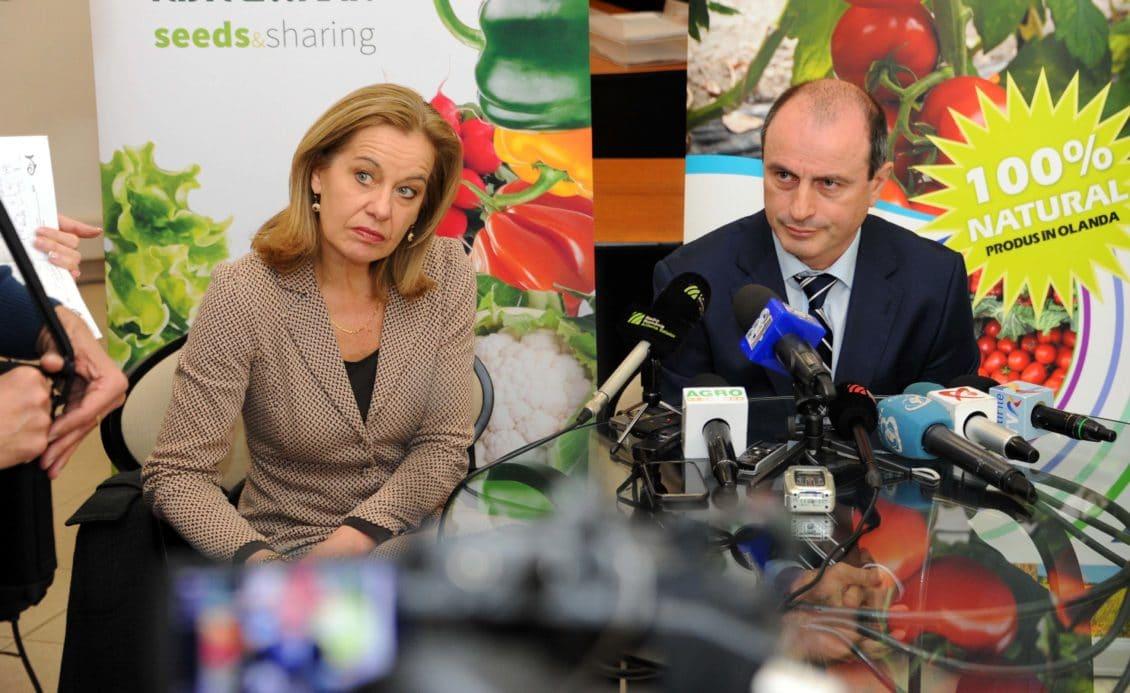 Caravana româno-olandeză pentru încurajarea asocierii va pleca spre zonele cu tradiţie în legumicultură şi horticultură
