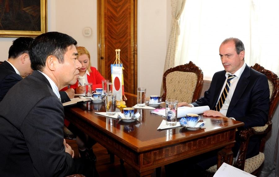 Ambasadorul Japoniei, familiarizat cu standardul de calitate al produselor româneşti