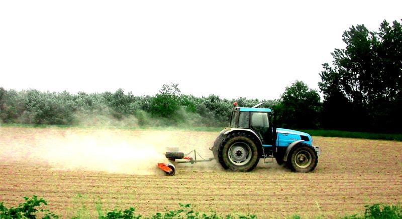 Guvernul a redus TVA la 9% pentru îngrăşăminte, pesticide, seminţe şi alte produse