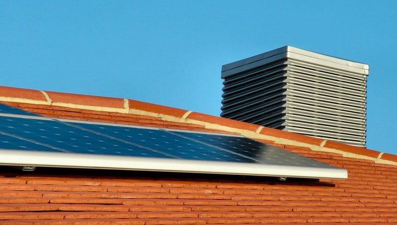 Casa Verde 2016: 6.000 de lei pentru achiziția unor panouri solare şi până la 8.000, pentru o pompă de căldură