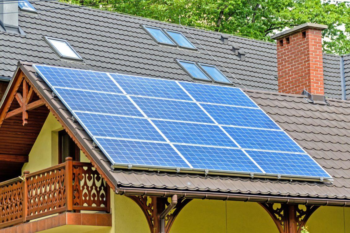 Bani pentru izolarea casei: Casa Verde Plus are ghid. Pe când bani?