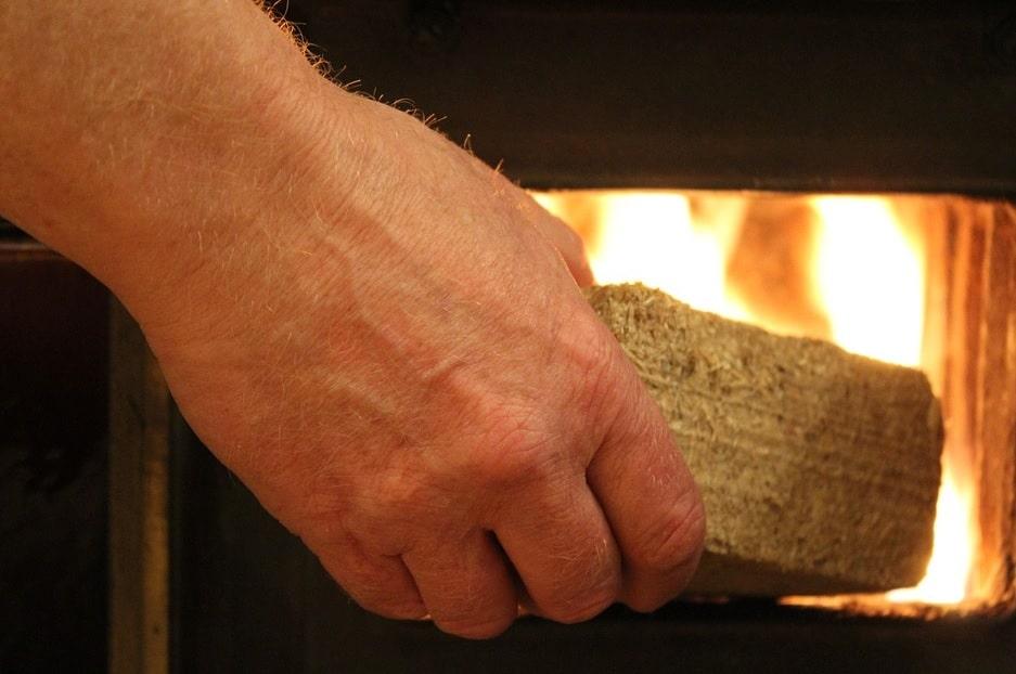 Cât plătesc românii pe căldură într-o iarnă întreagă