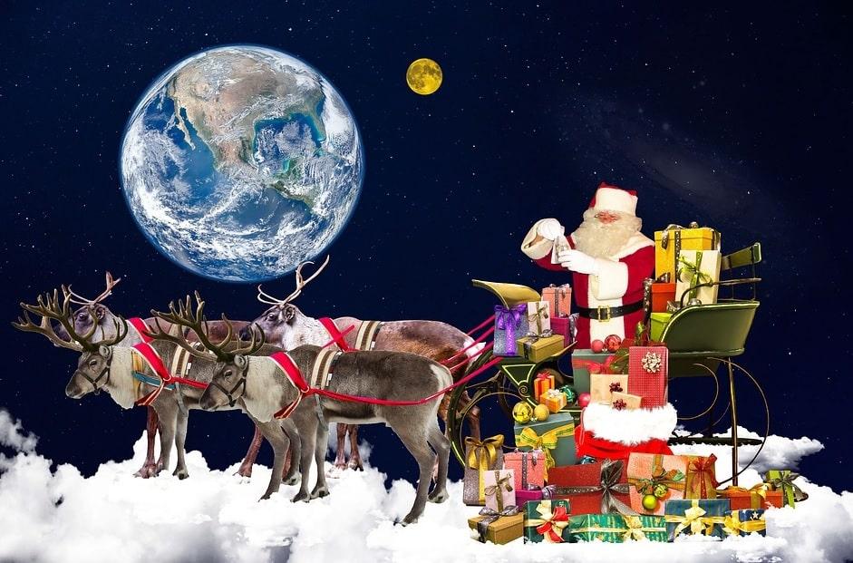 Primii turiști care petrec Crăciunul pe rit vechi au ajuns în Poiana Brașov și la Predeal